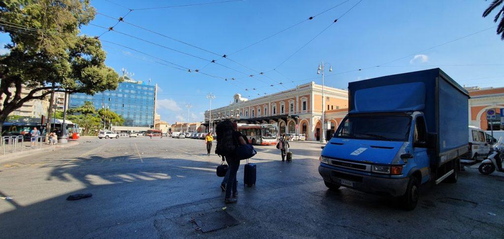 Бари Жд вокзал