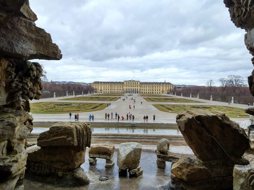 Шенбрунн дворец
