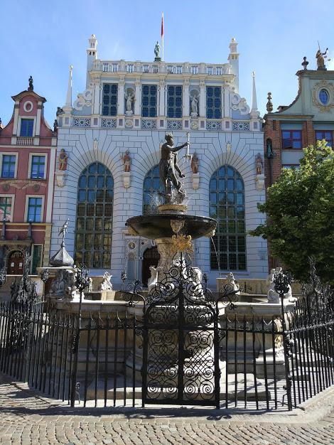 гданьск фонтан нептуна
